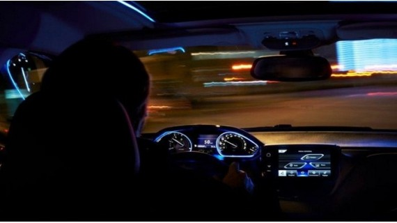 Five drivers mistakes during night driving